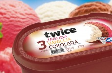 Twice Strawberry – Vanilla – Chocolate